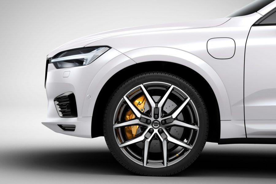 วอลโว่ นำเสนอยนตรกรรมเอสยูวีสุดล้ำ The New XC60 T8 AWD Polestar Engineered