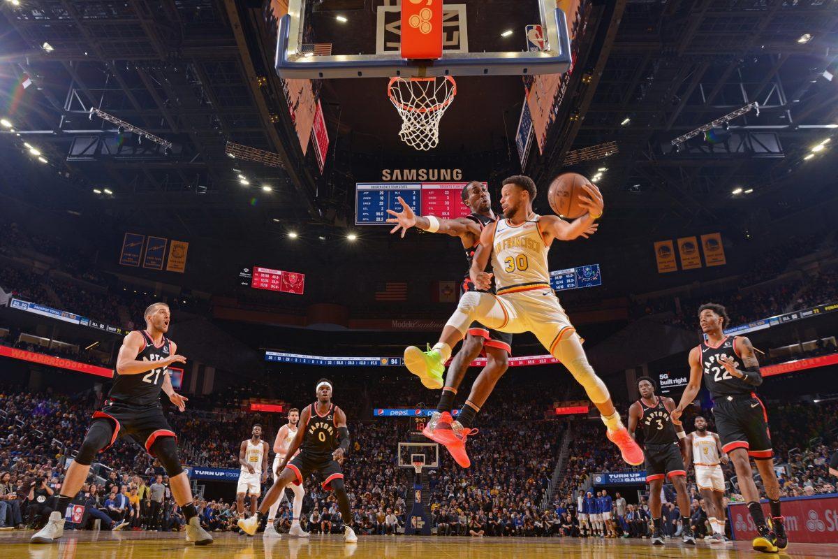 ชมสดพร้อมกันทั่วโลก สตีเฟ่น เคอร์รี่ พร้อมกลุ่มผู้นำวงการบาสเก็ตบอลร่วมประชุมออนไลน์ Jr. NBA Leadership Conference โดย Under Armour
